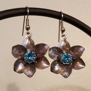 Jewelry - 3D Flower Drop Earrings with Blue Stone